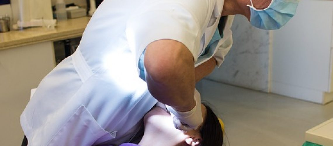 dentist-748153_640