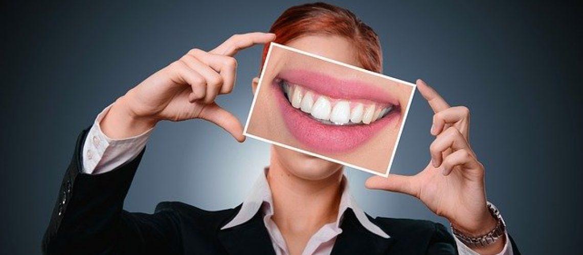 השתלת שיניים בראשון לציון